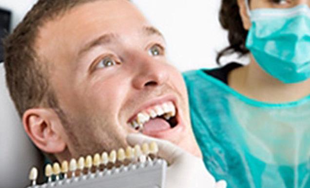 40 jahren mit zahnprothese Umschulung mit
